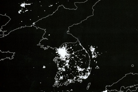 160423-satellite-koreas-at-night-640x427